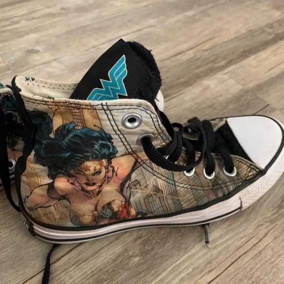 Converse Shoes   Wonder Woman Chucks